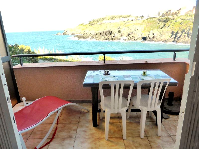 offres locations vacances appartement f2 avec vue mer. Black Bedroom Furniture Sets. Home Design Ideas